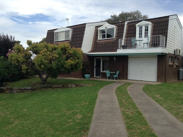 9 Warland Avenue, Victor Harbor, SA 5211