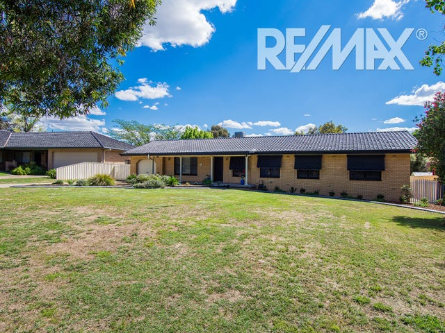 73 Balmoral Crescent, Lake Albert, NSW 2650