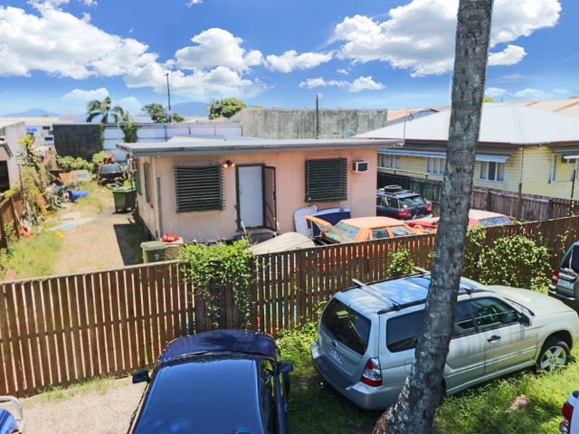 62 Morehead Street, Bungalow, Qld 4870