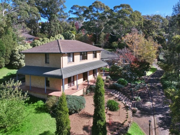 137 Oxley Drive, Mittagong, NSW 2575