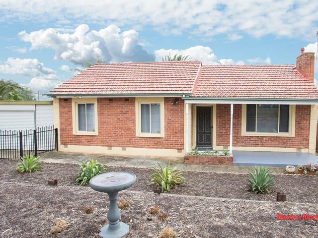 19 Amber Avenue, Clearview, SA 5085