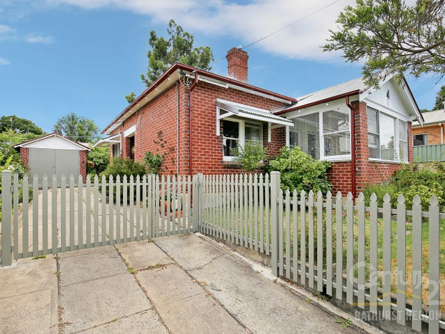 4  Clements Street, Bathurst, NSW 2795