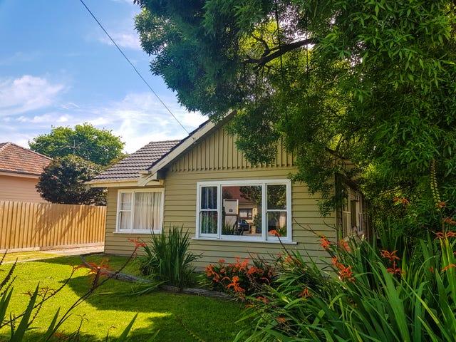 13 Moorookyle Avenue, Hughesdale, Vic 3166