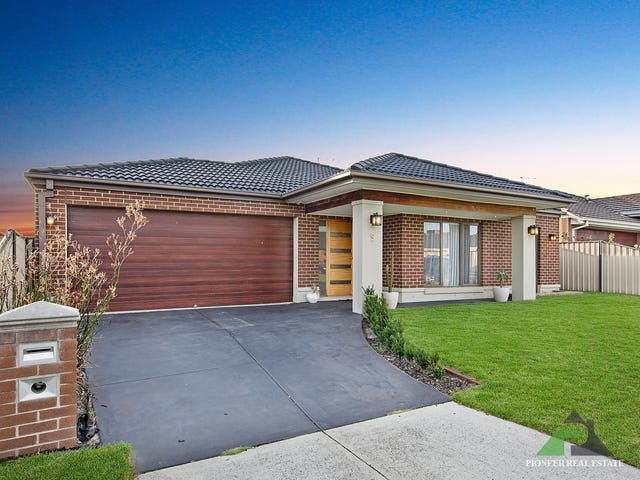 9 Aylesbury Court, Hampton Park, Vic 3976