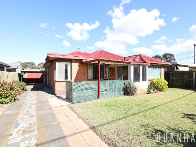19 Moffatt Crescent, Hoppers Crossing, Vic 3029