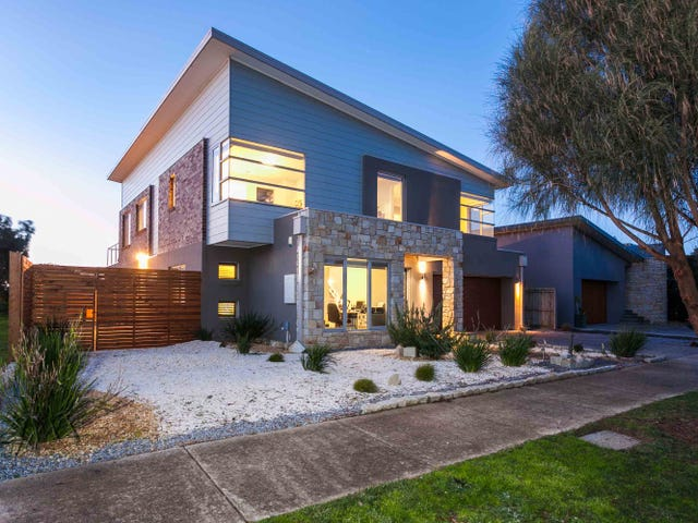 15 Sands Terrace, Torquay, Vic 3228