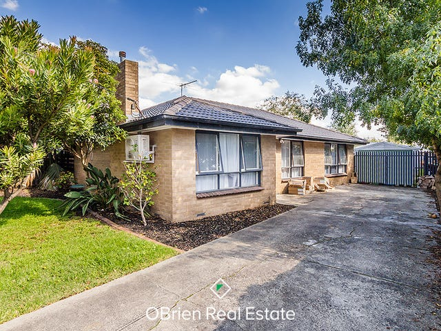 29 Jillian Street, Cranbourne, Vic 3977