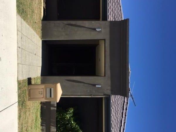17/2 Twilight Mews, Aubin Grove, WA 6164