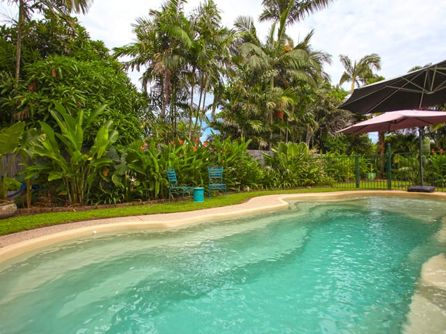 20 Beachside Place, Shoal Point, Qld 4750