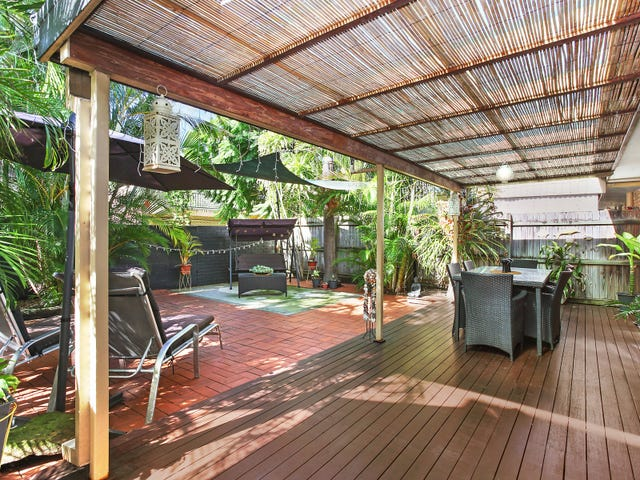 2/71 Tallebudgera Drive, Palm Beach, Qld 4221