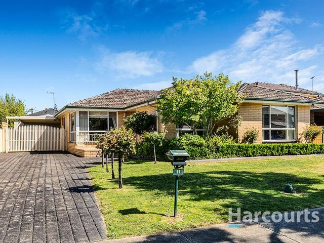 11 Hammond Drive, Epping, Vic 3076
