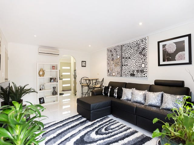 4/4 Undoolya Road, East Side, NT 0870