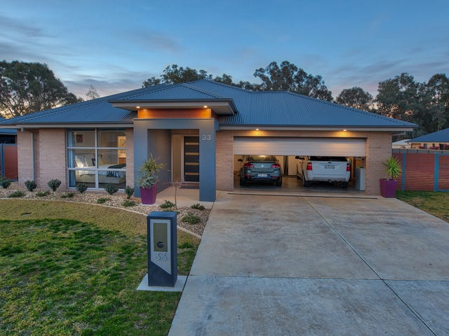 33 Litchfield Drive, Thurgoona, NSW 2640