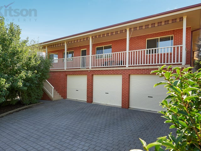 15 Brownlow Drive, Bourkelands, NSW 2650