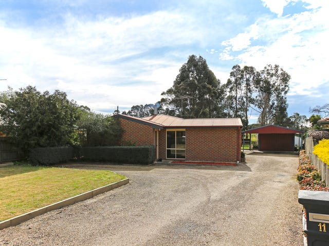 11 Clinton Court, Leongatha, Vic 3953