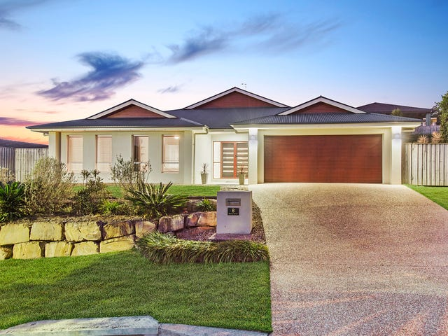 8 Barcoo Street, Pacific Pines, Qld 4211