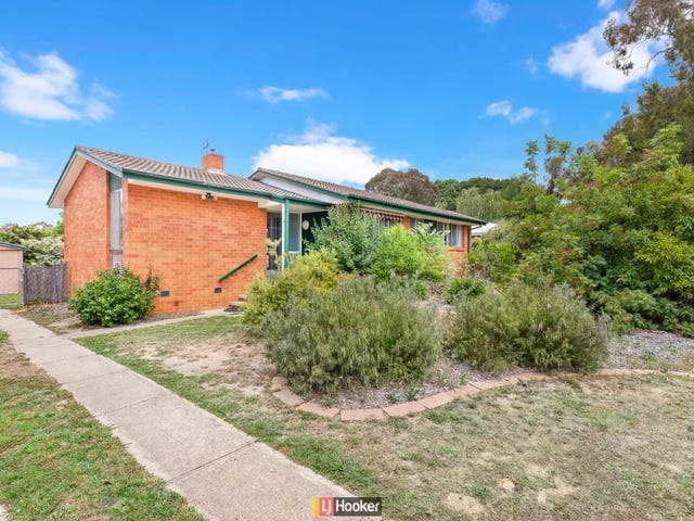 13 Carron Street, Page, ACT 2614