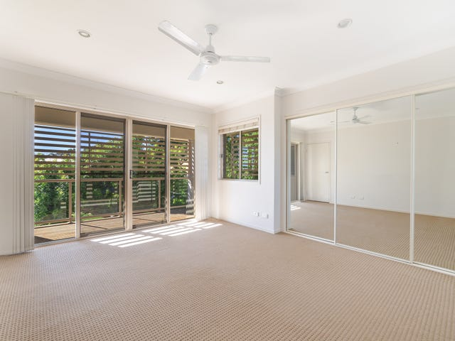 3/27 Government Road, Labrador, Qld 4215