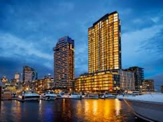 223/8 Waterside Place, Docklands, Vic 3008