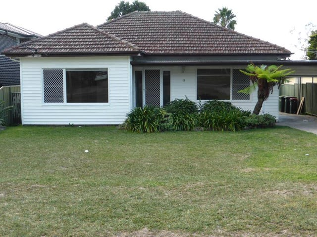 15 Chipilly Avenue, Engadine, NSW 2233