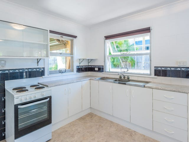 1/224 Broadwater Ave West, Maroochydore, Qld 4558