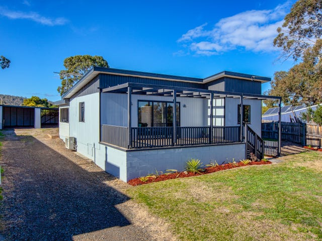 32 Fourth Avenue, Dodges Ferry, Tas 7173