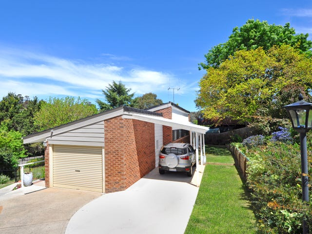 1 De Clouett Place, Bathurst, NSW 2795