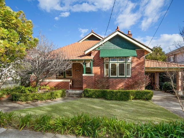 22 Bellambi Street, Northbridge, NSW 2063