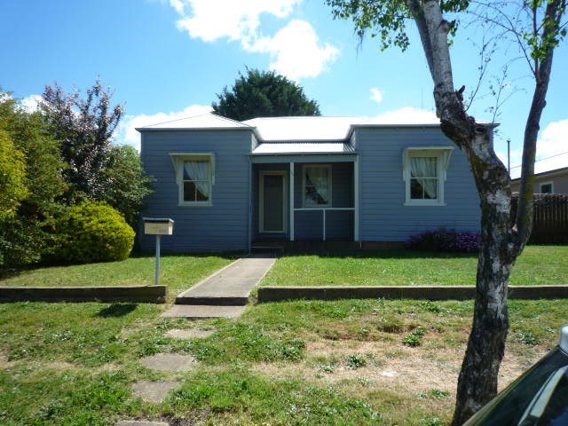 355 Peisley Street, Orange, NSW 2800