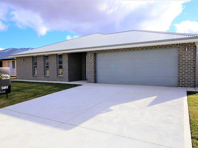 4 Maxwell Drive, Bathurst, NSW 2795