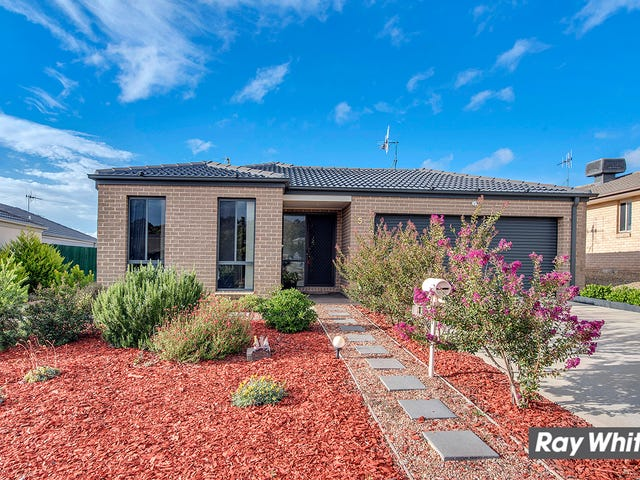 15 Ted Richards Street, Casey, ACT 2913