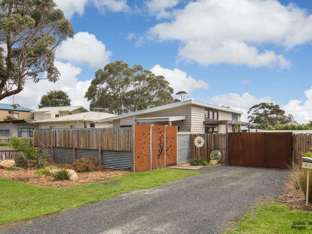 64 Bayview Drive, Cowes, Vic 3922