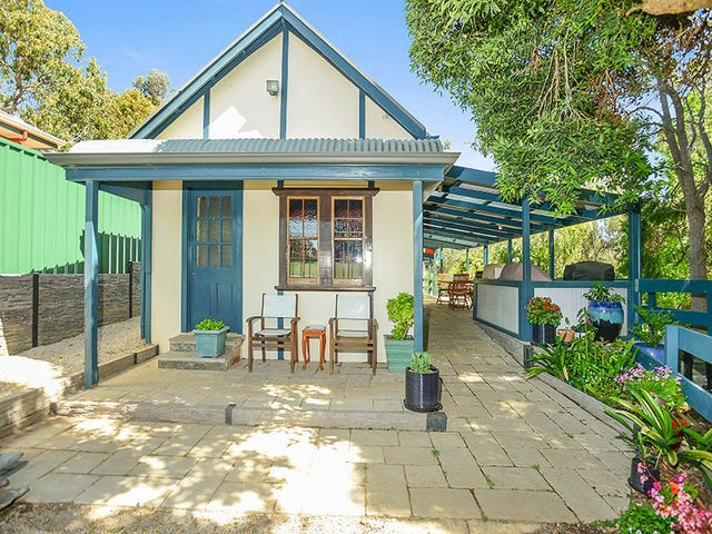 24 St Peters Terrace, Willunga, SA 5172