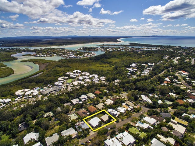 33 & 35 Arkana Drive, Noosa Heads, Qld 4567