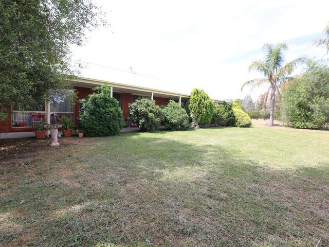 74 Willis Little Drive, Benalla, Vic 3672