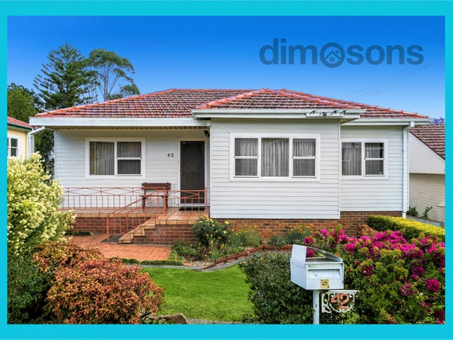 42 Stanleigh Crescent, West Wollongong, NSW 2500