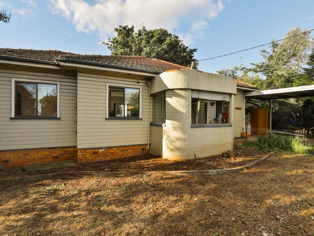 27 James Street, East Toowoomba, Qld 4350