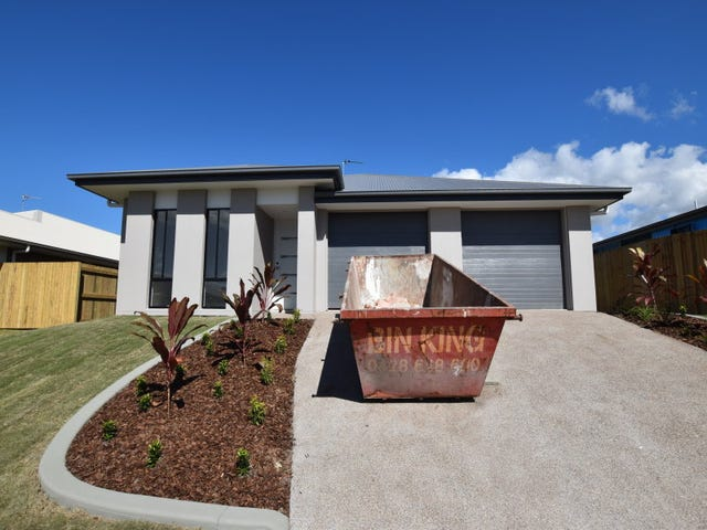 8 B Bradman Way, Urangan, Qld 4655