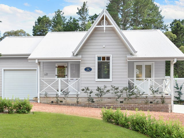 115 Waratah Rd, Wentworth Falls, NSW 2782