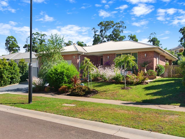 6 Waters Edge Place, Drouin, Vic 3818