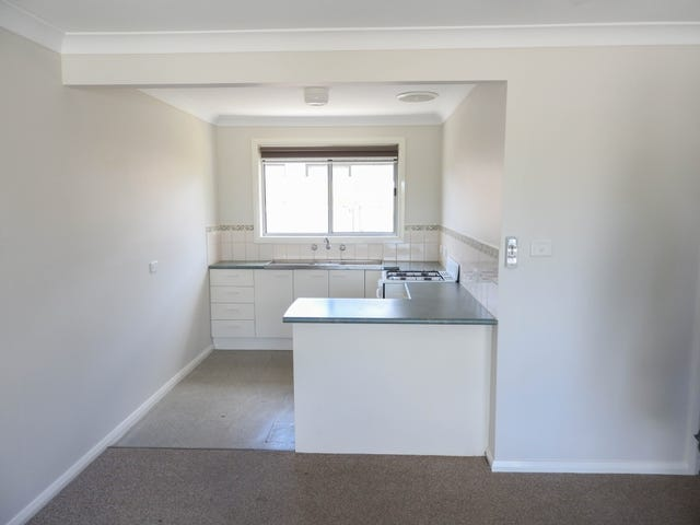 1/423 Griffith Road, Lavington, NSW 2641