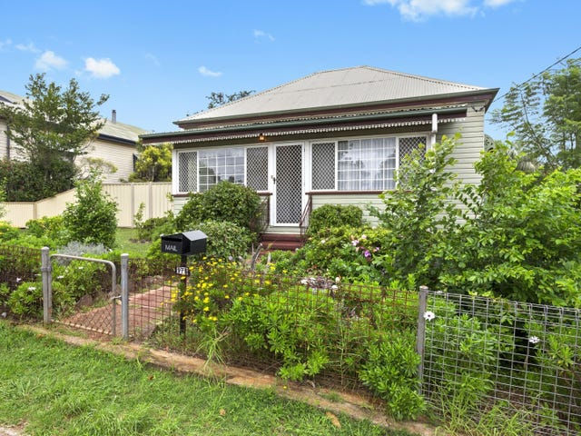 178 South Street, Centenary Heights, Qld 4350