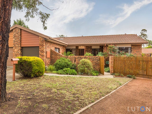 11 Tattersall Crescent, Florey, ACT 2615