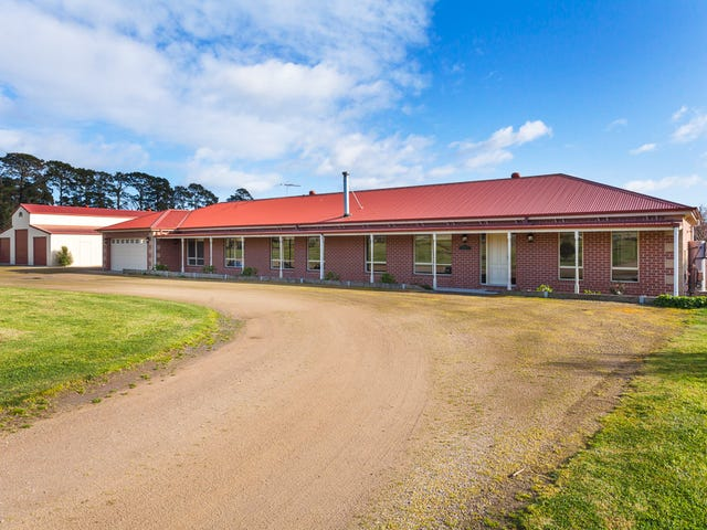 126 Eramosa Road East, Somerville, Vic 3912