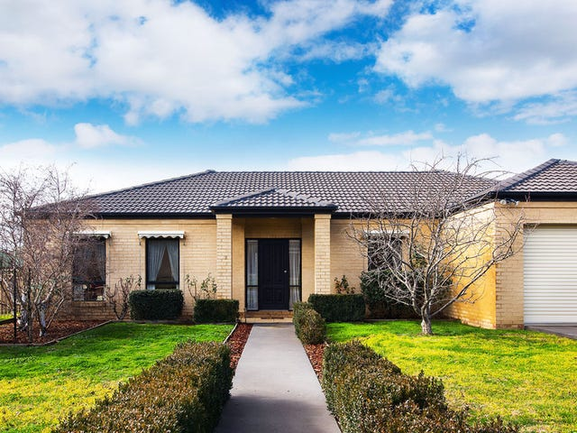2 Lawrence Park Drive, Castlemaine, Vic 3450