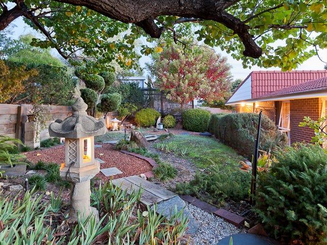18 Blenheim Place, Swan View, WA 6056
