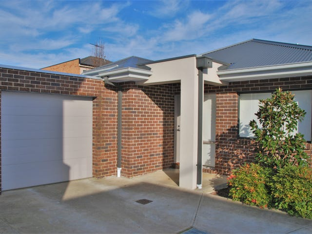 4/109 Golf Links Road, Berwick, Vic 3806
