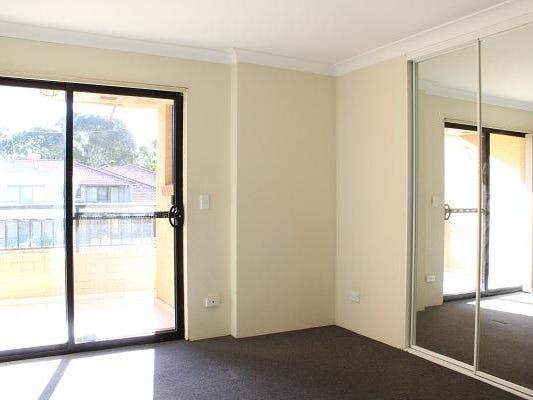 7/4-8  Burford Street, Merrylands, NSW 2160