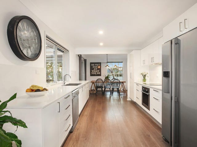 14 Talara Avenue, Bateau Bay, NSW 2261