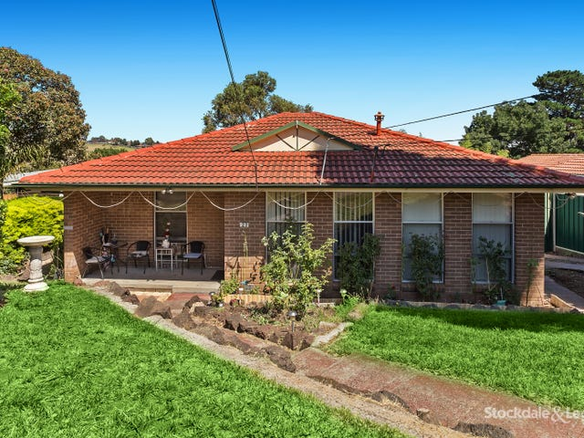 27 Hendricks Crescent, Jacana, Vic 3047